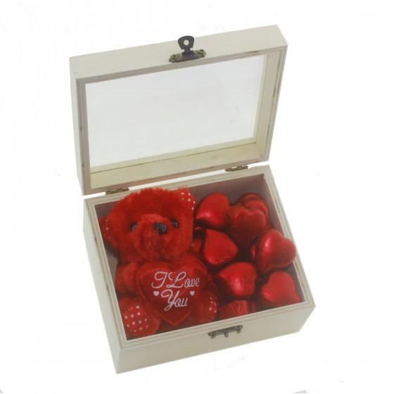 Ahşap Kutuda 30 Adet Kalp Çikolata ve Kırmızı Ayıcık Sevgiliye
