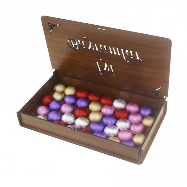 Ahşap Kutuda 40 Adet Çikolata ve Kolonya Bayram Seti