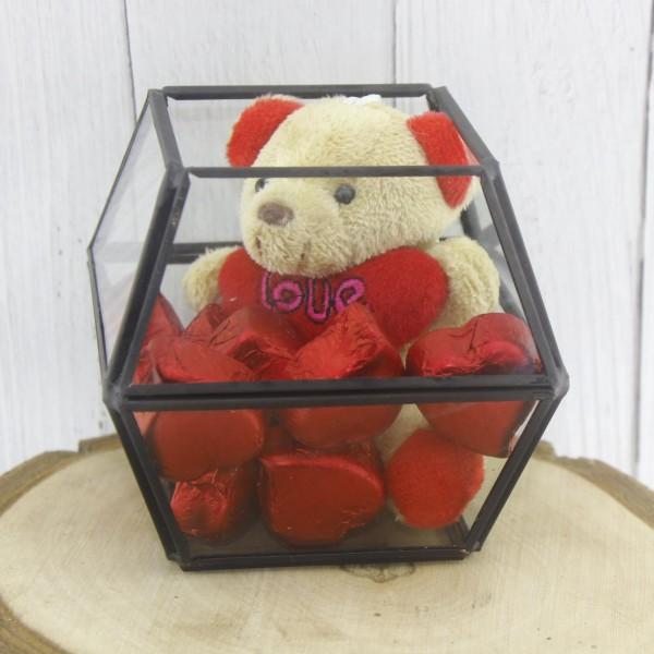 Cam Fanusta 10 Adet Kalp Çikolata Ve Ayıcık Sevgiliye