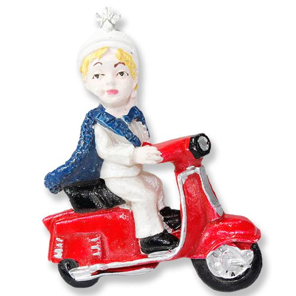 12 Adet Scooter Üzerinde Sünnet Çocuğu