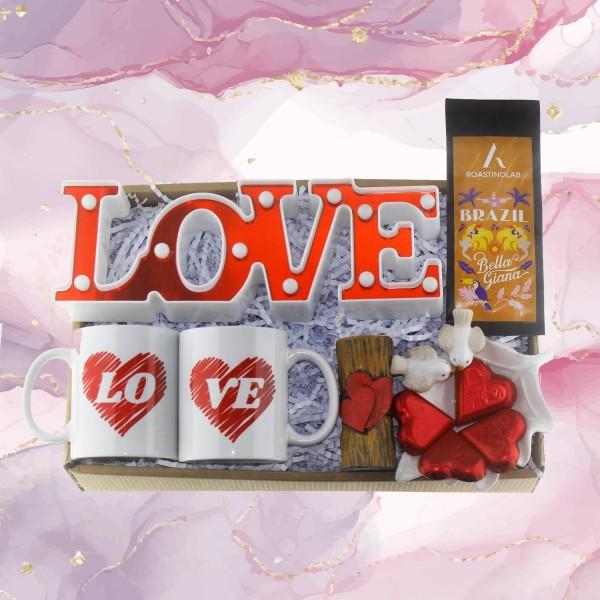 Sevgiliye Hediye Seti Kutusu Love LED Aydınlatma ve Kupalı