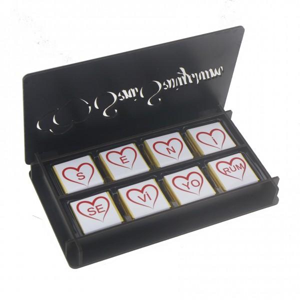 Siyah Kutuda İsme Özel 24 Adet Madlen Çikolata Sevgiliye